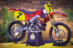 This is the ultimate two-stroke project bike that was built in 1998 Honda Dirt Bike, Honda Motorcycles, Cars And Motorcycles, Dirt Biking, Motocross Action, Motocross Bikes, Honda Cr, Dirtbikes, Old School