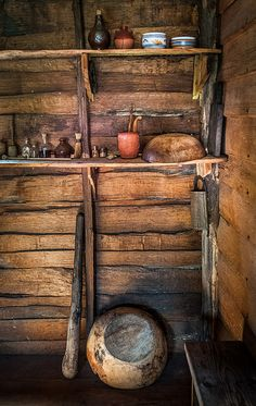 Colonial Kitchen - A reconstructed house in colonial Londontown, Md. at the Historic London Town and Gardens - photo by Zolt Levay