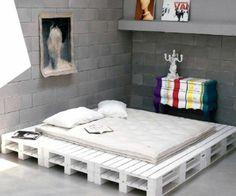 Bett aus Europaletten selbst bauen -Coole Möbel zeigen Ihren Charakter