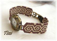 Avagy a köszönet a sok sok felfűzött horgolás alapért. :)  A minta Vezsuzsi  egyik BH mintája. Köszönöm neki. Most kifejezetten jó volt ag... Bead Jewellery, Beaded Jewelry, Beaded Earrings, Beaded Bracelets, Beaded Hat Bands, Beaded Watches, Watch Diy, Ring Verlobung, Bracelet Tutorial