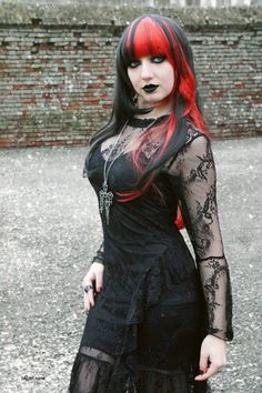 (3) Tumblr Romantic Goth, Vampire Girls, Gothic Models, Dark Beauty, Gothic Girls, Gothic Fashion, Hot Girls, Cosplay, Long Hair Styles