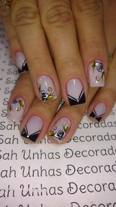 39 super ideas for nails coffin largas Toe Nail Art, Toe Nails, Coffin Nails, Cute Acrylic Nails, Silver Nails, Glam Nails, Bright Red Nails, Sunflower Nails, Types Of Nails