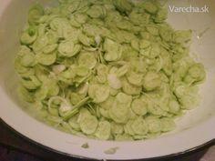 Uhorkový šalát sterilizovaný (fotorecept) Food To Make, Pesto, Beans, Food And Drink, Homemade, Chicken, Vegetables, Cooking, Ale