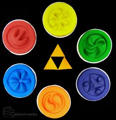 The Legend of Zelda: Ocarina of Time — Sage Medallion Cupcakes | Cakecrumbs