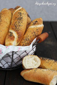 Domácí rohlíky - Meg v kuchyni Homemade Rolls, Czech Recipes, Ice Cream Pies, How To Make Bread, No Bake Cake, Hot Dog Buns, Bagel, Food Inspiration, Bread Recipes