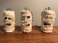 Wine Cork Mummy Ornaments/Wine Tags - Set of 3 - Upcycling Wine Craft, Wine Cork Crafts, Wine Bottle Crafts, Champagne Cork Crafts, Champagne Corks, Wine Bottle Corks, Bottle Candles, Adornos Halloween, Halloween Crafts