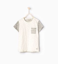 Imagen 1 de Camiseta rayas traseras de Zara