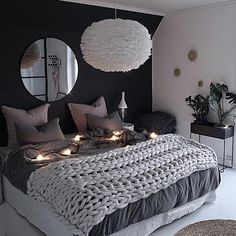 39 Fantastic bedroom color schemes that create a relaxing haven -.- 39 Fantastische Schlafzimmer-Farbschemata, die eine entspannende Oase schaffen -… 39 Fantastic bedroom color schemes that make a … - Couple Bedroom, Small Room Bedroom, Room Ideas Bedroom, Master Bedroom Design, Blue Bedroom, Trendy Bedroom, Cozy Bedroom, Home Decor Bedroom, Modern Bedroom