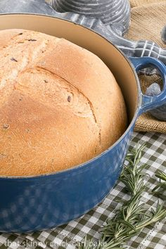 Rosemary Olive Bread | a rustic crusty loaf with an Italian flair