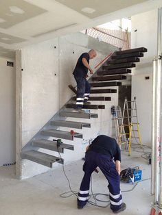 Reposted from: Anybody build cantilever stairs (floating stairs)? Any suggestions on how to secure it instead of using concrete anchors? All I have to work with is brick wall Interior Stairs, Interior Design Living Room, Interior Architecture, Architecture Layout, Cantilever Stairs, Escalier Design, Steel Stairs, Floating Stairs, Modern Stairs