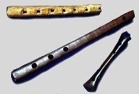 Flute vers 1000, musée du paladru France / medieval / flute / 11th century
