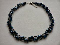 kék nyaklánc