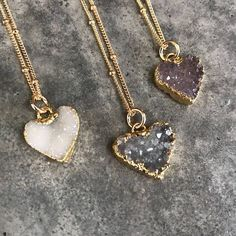 Druzy Quartz Necklaces Druzy Jewelry Crystal Druzy Aunt Gift Bridesmaids jewelry Heary jewelry - Druzy Heart gold electroplated pendant and Gold filled chain. Choose from numbered photo the heart - Cute Jewelry, Body Jewelry, Vintage Jewelry, Jewelry Accessories, Women Jewelry, Fashion Jewelry, Jewelry Model, Jewelry Stand, Handmade Jewelry