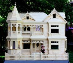 Victorian Barbie doll house, free plans