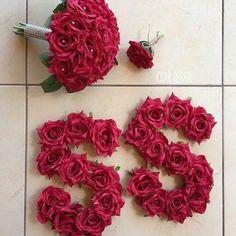 Ye hm dono h kmini somu. Alphabet Letters Design, Letter Art, Alphabet Pictures, S Love Images, Stylish Alphabets, Alphabet Wallpaper, Baby Girl Dress Patterns, Flower Letters, Cute Girl Pic
