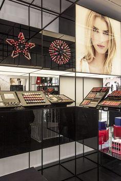 Chanel London Make Up Display