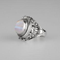 Ring - SAROS. Silver Poison Trinket Ring - Rainbow Moonstone