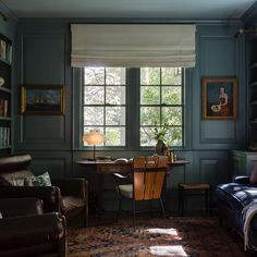 """Meghan Eisenberg on Instagram: """"A client's cozy library in Oval Room Blue, mixing old and new. 📷 @laurejoliet"""" Oak Avenue, Oval Room Blue, Cozy Library, Home Office Space, Interior Design Inspiration, Old And New, Windows, Rustic, Bedroom"""