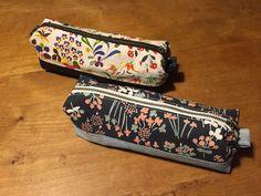 こんな Pen Case, Handmade Home, Pen Holders, Sunglasses Case, Diy And Crafts, Zip Around Wallet, Sewing Projects, Pouch, Creative