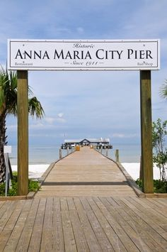 Walk along the Anna Maria City Pier Facebook: Anna Maria Island Beach Life www.annamariaislandhomerental.com