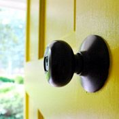 Spray painting hardware Young House Love | Projects: Most Popular | http://www.younghouselove.com