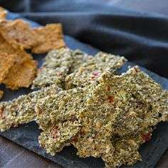 Delicious, healthy, disease-fighting crackers? You bet! Cruciferous veggies to the rescue. You will love these crackers.