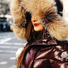 regram from @glamvasion #fur #hood #furhood #downjacket #downcoat #pufferjacket #puffercoat #puffyjacket #puffycoat #moncler