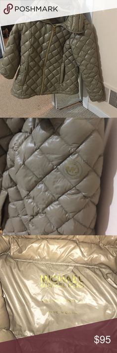 Michael kors winter jacket Michael kors jacket, very comfortable and warm. Barely worn, great condition! Jackets & Coats Puffers