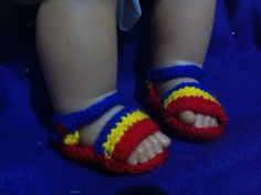 Botoșeii tricolor Slippers, Shoes, Fashion, Moda, Zapatos, Shoes Outlet, Fashion Styles, Slipper, Shoe