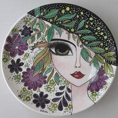 tattoo - mandala - art - design - line - henna - hand - back - sketch - doodle - girl - tat - tats - ink - inked - buddha - spirit - rose - symetric - etnic - inspired - design - sketch Dot Art Painting, China Painting, Ceramic Painting, Ceramic Art, Pottery Painting Designs, Pottery Designs, Turkish Art, Plate Art, Pottery Sculpture