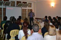 Conferencia-Coloquio de Alexis Fuentes en ADA