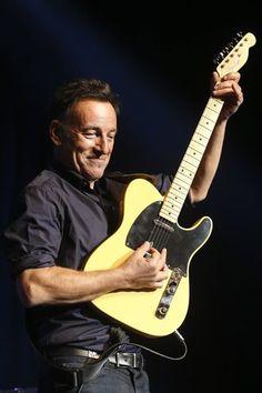 Bruce Springsteen Announces U.S. Tour Dates