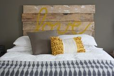 guest bedroom headboard for new house? I could make it like I made that sign for baby's room