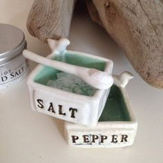 salt and pepper cellars with birds
