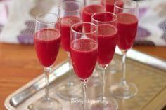 Cóctel de cava rosado, granadina y fresas | La cocina perfecta
