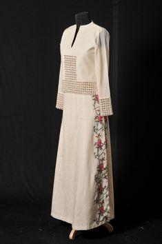 Silk Kurti Designs, Kurti Designs Party Wear, Blouse Designs, Navratri Dress, Fancy Dress Design, Kurti Embroidery Design, Saree Blouse Patterns, Indian Bridal Outfits, Dress Indian Style