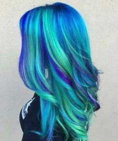 blue hair Hair DIY: Five Ideas for Blu - haar Green Hair, Purple Hair, Blue Green, Turquoise Hair, Green Turquoise, Pelo Multicolor, Pretty Hair Color, Unique Hair Color, Exotic Hair Color
