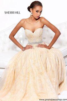 Sherri Hill 8516 at Prom Dress Shop
