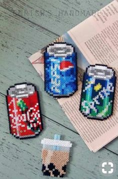 Soda magnets made from perler beads. Perler Bead Designs, Easy Perler Bead Patterns, Melty Bead Patterns, Perler Bead Templates, Hama Beads Design, Diy Perler Beads, Bead Embroidery Patterns, Perler Bead Art, Pearler Beads