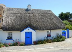 Traditional thatched cottage, Kilmore Quay, Wexford, Ireland