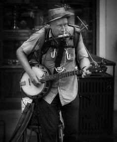 street photography in New Orleans Mardi Gras 2012 by praline3001, via Flickr                                                 youtube downloader