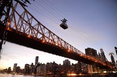 """ニューヨークのロープウェイ""""Roosevelt Island Tramway(ルーズベルトアイランド トラムウェイ)"""" LIFE Hello New York(ハローニューヨーク) - ニッチで、日常的で、最新のニューヨーク"""