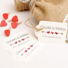 Ideas para bodas al aire libre Wedding Cards, Wedding Favors, Coldplay Lyrics, Indian Theme, Valentine Box, Wedding Details, Gift Tags, Decoupage, Place Card Holders