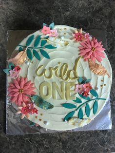 1st birthday cake Wild one
