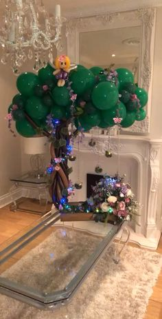 Enchanted Forest themed balloon centrepiece - New Site Balloon Tree, Balloon Flowers, Balloon Bouquet, Balloon Garland, Balloon Ideas, Balloon Backdrop, Graduation Balloons, Birthday Balloons, Paper Flowers Craft