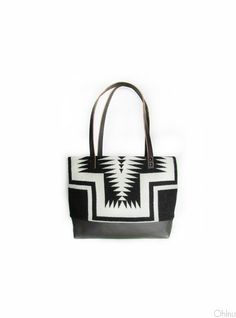 beautiful black and white pendleton bag with leather accents!