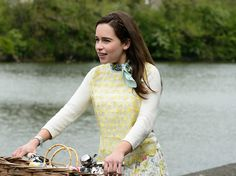 Twenty-nine new images for the romantic drama ME BEFORE YOU starring Emilia Clarke, Sam Claflin, Jenna Coleman, Janet McTeer, Charles Dance and Matthew Lewis. Sam Claflin, Emilia Clarke, Me Before You 2016, You Before Me Movie, Charles Dance, Matthew Lewis, Thing 1, Movie Photo, New Image