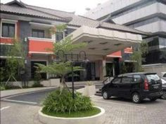 Bandung Guntur Hotel Indonesia, Asia Located in Bandung City Center, Guntur Hotel is a perfect starting point from which to explore Bandung. The hotel offers guests a range of services and amenities designed to provide comfort and convenience. To be found at the hotel are free Wi-Fi in all rooms, 24-hour room service, Wi-Fi in public areas, car park, room service. Designed for comfort, selected guestrooms offer closet, towels, television LCD/plasma screen, mirror, linens to en...