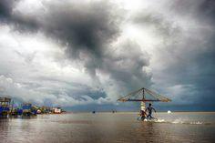 marina thunderclouds