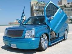 candy paint cars | 2004 Cadillac Escalade - Hamilton, ON owned by babyphatcadillac Page:1 ...